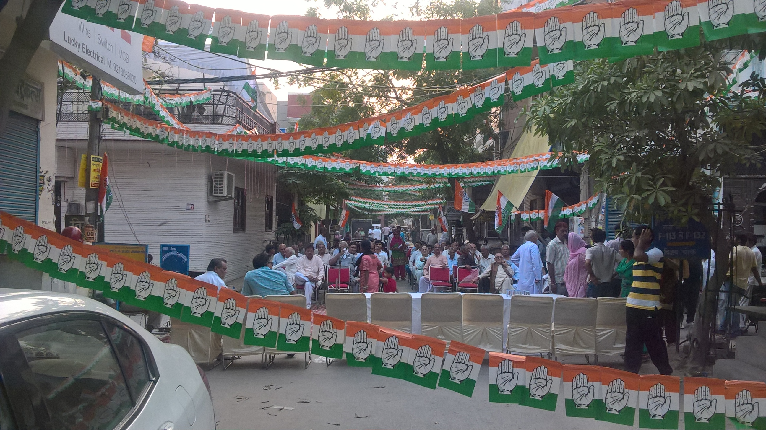 Congress-camapaign-in-Nazafgarh-Ward.jpg